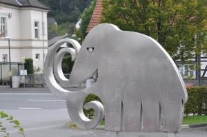 Modernes Mammut (c) Fritz zühlke / pixelio.de