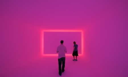 Lichtkunstinstallation Floater 99 von James Turrell