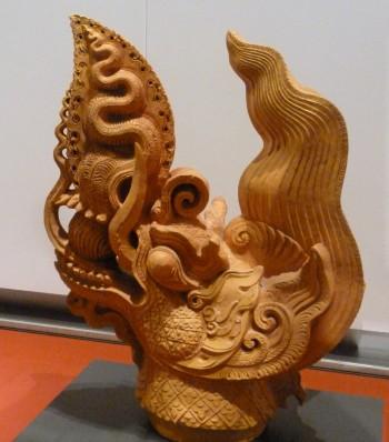 Drachenkopf aus Terrakotta