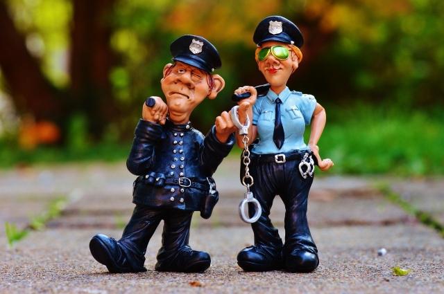 cop-1016218_1920-e1513075241416.jpg